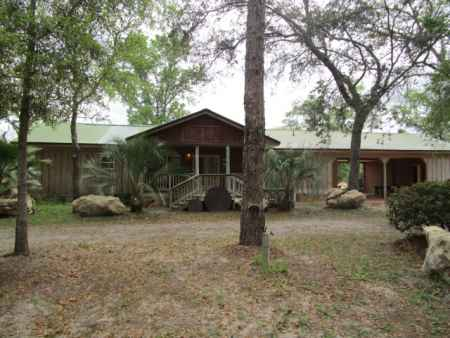 Beautiful Home On The Majestic Suwannee River